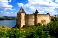 Замки України